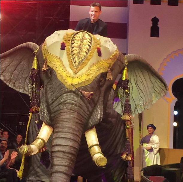 Rob_Dyrdek_Proposes_on_an_Elephant